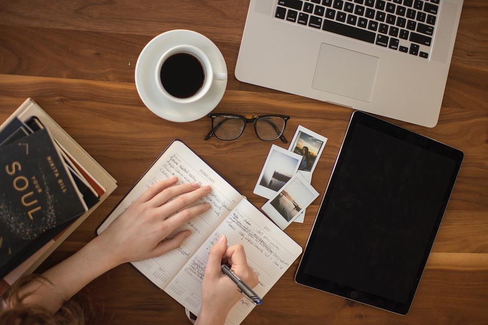 Come scrivere un libro di successo: Edicusano vi dà 5 consigli per scrivere un libro !